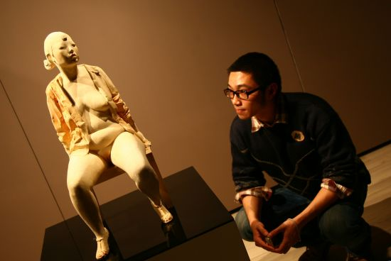 漂漂美术馆人体艺术照_三位艺术家和他们的人体