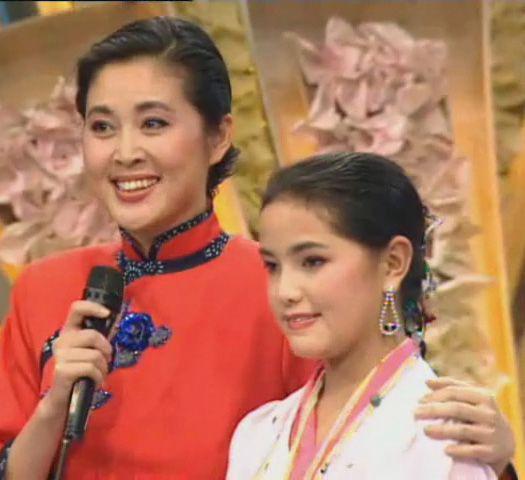 倪萍在春节晚会上