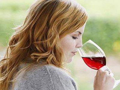 合适的葡萄酒杯