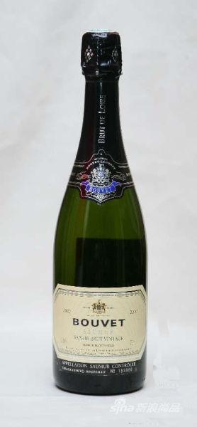 博韦-拉度贝蓝宝石干型气泡酒2007