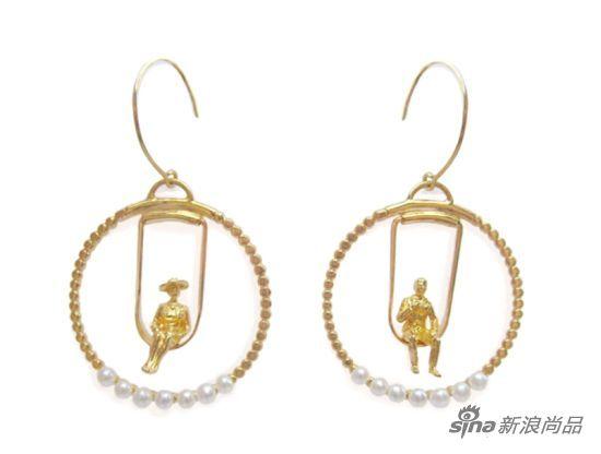 金制圆形耳环