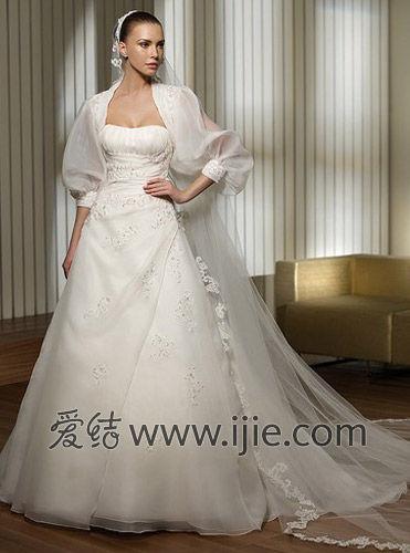 爱结配饰课堂:新娘头纱款式的选择方法图片