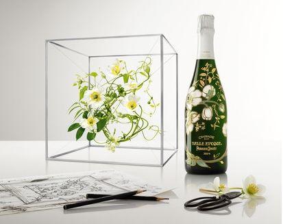 巴黎之花在日本推出限量版美丽时光香槟