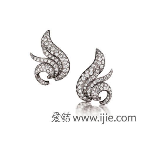 Verdura 翼状由铂金钻石夹式耳环