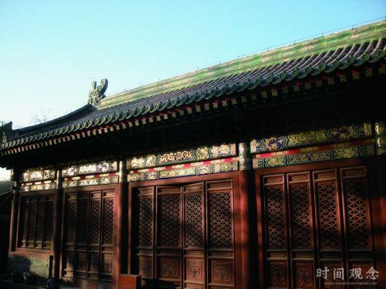 镂空装饰也经常被使用在明清的建筑中。