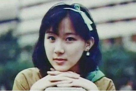 萧蔷学生时期照片