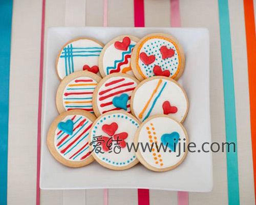 扮靓糖果主题婚礼,也增加了味觉上的甜蜜感受,圆形,心形,各式可爱造型