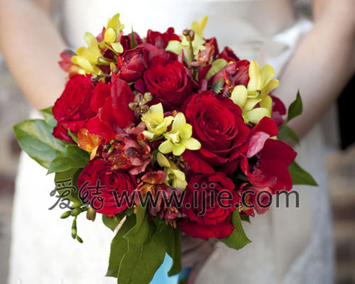 红色婚礼布置:经典红色搭配组合9种