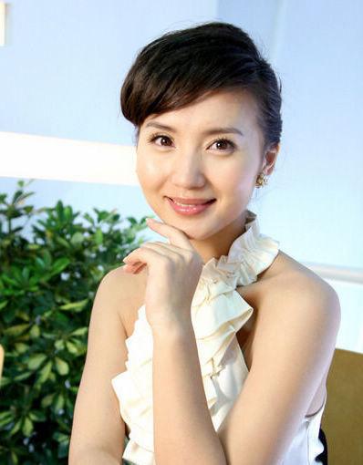 近日知名博主长春国贸在微博中爆料称女星陈好日前缺席《新编辑部故事