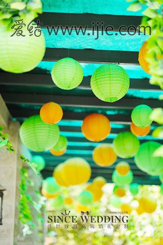 纯白欧式+橙绿田园 一场婚礼两种风格