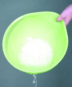 用洗米水洗脸