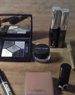 所使用的化妆品