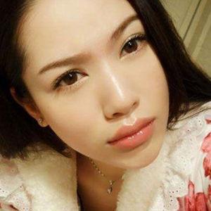 化完妆的女人总是漂亮