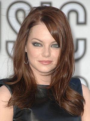 圆脸:不对称剪发
