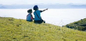 美丽的海景会让人完全放松下来。