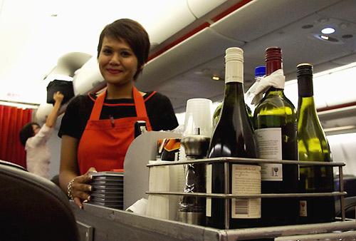 廉价航空公司如JetStar占据优秀葡萄酒半壁江山