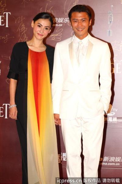 张柏芝谢霆锋宣布离婚 从着装搭配看主角心情(图3)