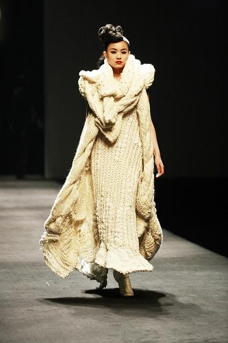 07式海军冬常服棉大衣-是一个艺术的、健康的、自在的女装品牌.产品以棉、丝、麻、毛等天图片