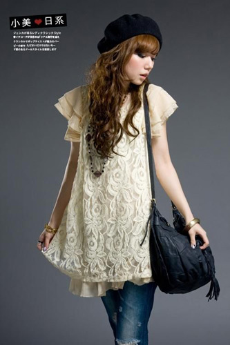 荷叶泡泡袖+花样雪纺裙