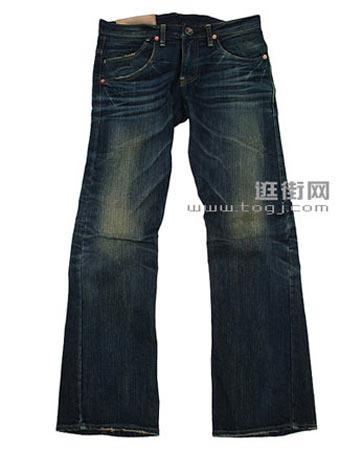 大裤腿的牛仔裤瘦MM穿显嘻哈,胖MM穿不会显胖