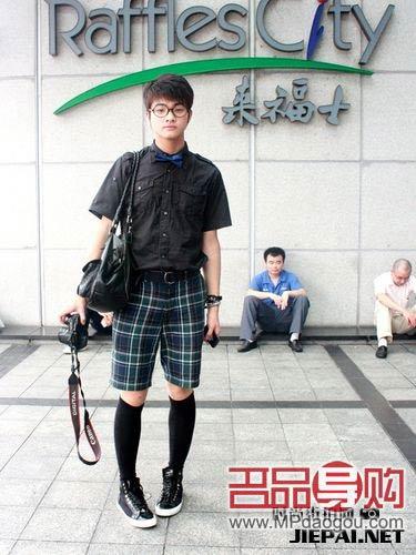 上海街头时尚潮人服饰搭配