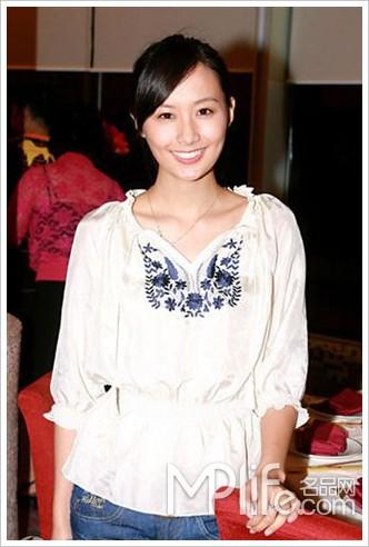 陈法拉:爱上当时装购物网站模特感觉