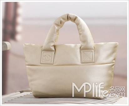chanel全新小号白色软羊皮手提包