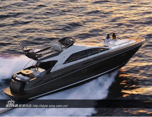 全球顶级游艇_riva是世界首屈一指的顶级豪华游艇品牌