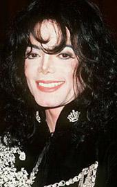 1997年38岁的杰克逊下颌形状怪异