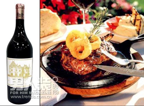 法国牛排配红葡萄酒 图