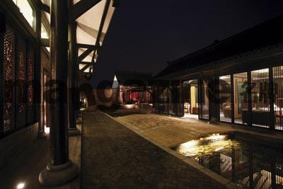 第一会所wuma_修缮一新,巴蜀底蕴浓厚的文君酒庄会所依然透显出高贵典雅.