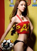 嫩模演绎性感足球宝贝