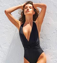 超模米兰达夏日泳装性感