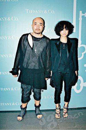 香港Fashion Icon黄伟文以身着女装出位