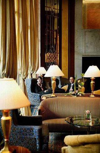 海景嘉福酒店大堂,欧洲古典设计风格较一众五星酒店