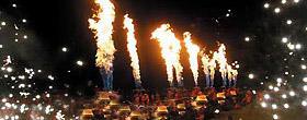 海口首届热气球节开幕式喷火表演
