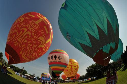缤纷绚丽的热气球