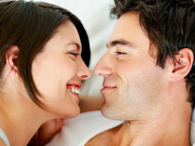 女亲男阴茎和男亲女阴道的图片外国美女潮时阴部女