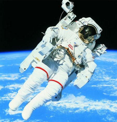 精液成点状:太空性爱实验全纪录