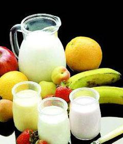 在牛奶中添加米汤破坏维生素