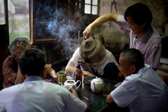 《行将湮灭的市井文化――江南老茶馆》