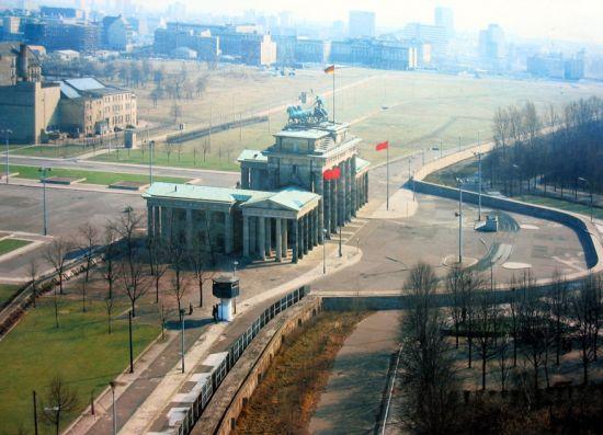《景・观》柏林墙 作品3号