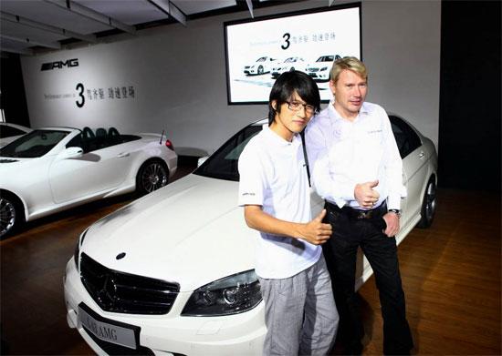 AMG 品牌大使 哈基宁和C 63 AMG首位车主、作家韩寒