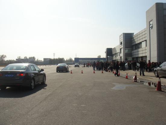 为驾驭而生-东风Honda思铂睿北京金港试驾