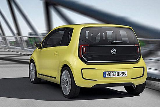 大众E-Up!概念车采用电动机前置前驱的布置,最大续驶里程为130公里,基本可以满足大多数日常使用需求
