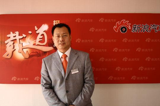 北京奔驰销售与市场部总经理李宏鹏