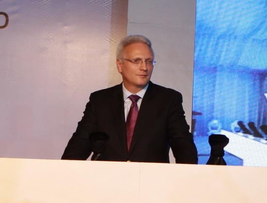 大众汽车集团(中国)总裁兼首席执行官范安德博士