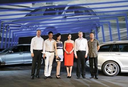 众明星助阵梅赛德斯-奔驰C级豪华旅行车上市