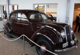 1935年,沃尔沃第一款流线型汽车PV36诞生。