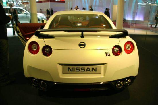 日产小改款GT-R